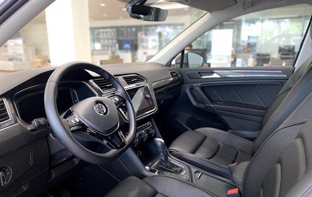 Volkswagen Tiguan Luxury màu trắng 7 chỗ nhập khẩu - Khuyến mãi lên đến hơn 70% trước bạ - Ms Thư9
