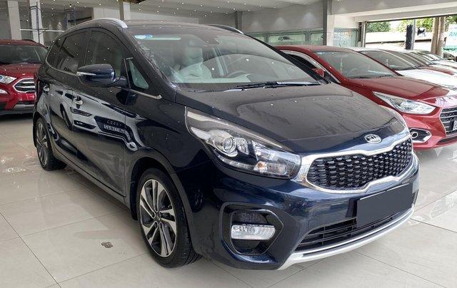Bán Kia Rondo GAT 2.0 2019, biển Sài Gòn, tiết kiệm thêm 20tr tiền biển số1