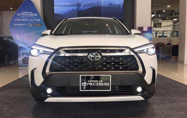 Bán Toyota Corolla Cross đời 2020, 720tr, xe giao ngay0