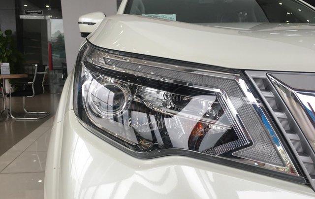 Bán xe Nissan Terra 2020 V, đủ màu, giao xe toàn quốc3
