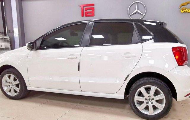 Cần bán lại xe Volkswagen Polo năm sản xuất 2016, màu trắng  3