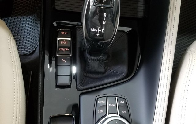 BMW X1 sDrive xLine nhập khẩu nguyên chiếc, liên hệ: 0915364574 để ép giá tốt nhất9