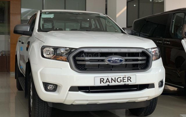 Ranger 2020 XLS MT-AT, Wildtrak mới 100% giá cực tốt, tặng phụ kiện, đủ màu, giao xe toàn quốc, trả góp 80%0