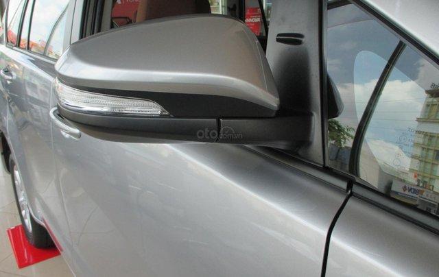 Xe Innova E số sàn 2020, hỗ trợ 100% lệ phí trước bạ, trả góp lãi suất tuỳ chọn, xe đủ màu giao ngay13