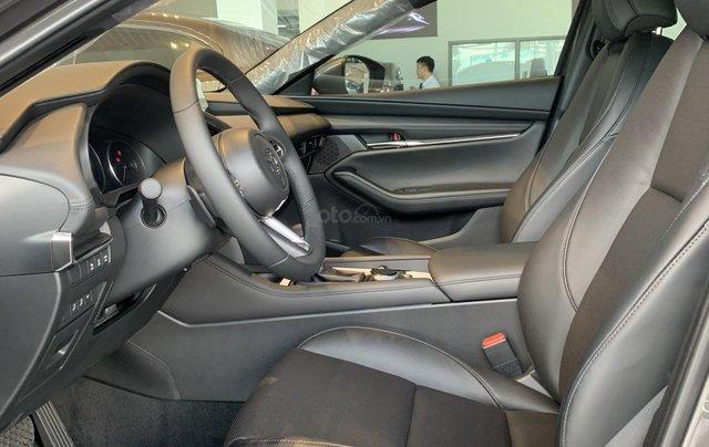 New Mazda 3 Sport 2020 ưu đãi lên đến 70 tr, giảm 50% TTB. Tặng gói PK cao cấp6