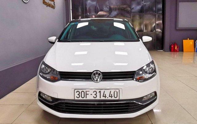 Cần bán lại xe Volkswagen Polo năm sản xuất 2016, màu trắng  0