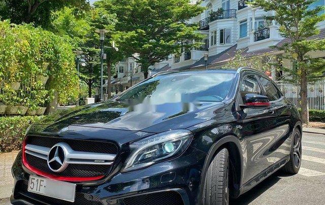 Bán xe Mercedes GLA 45AMG năm 2015, màu đen, nhập khẩu còn mới9