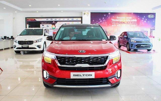 Kia Seltos 2020 màu đỏ, Seltos Premium 719 triệu - đưa trước 205 triệu nhận xe + phụ kiện chính hãng0