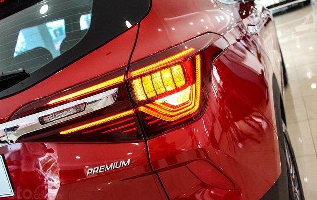 Kia Seltos 2020 màu đỏ, Seltos Premium 719 triệu - đưa trước 205 triệu nhận xe + phụ kiện chính hãng4