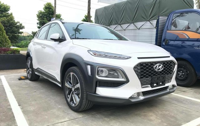 Xe Hyundai Kona 2020 -  giảm ngay 50% thuế trước bạ, tặng kèm phụ kiện hấp dẫn, giảm tiền mặt, giá cạnh tranh0