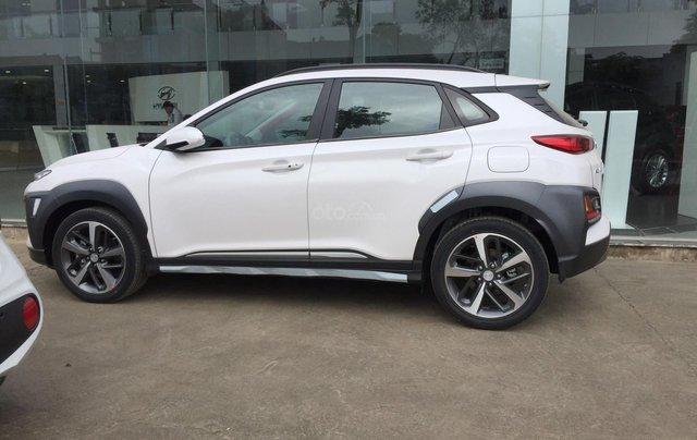 Xe Hyundai Kona 2020 -  giảm ngay 50% thuế trước bạ, tặng kèm phụ kiện hấp dẫn, giảm tiền mặt, giá cạnh tranh2