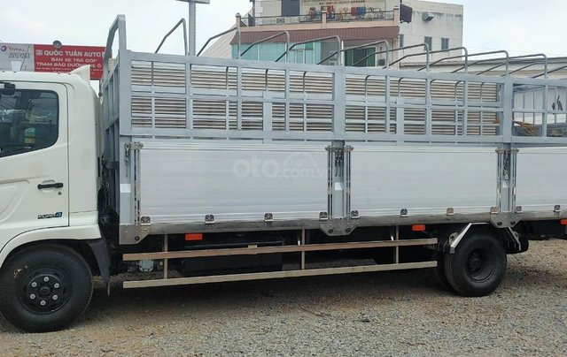 Xe tải FC (2020) với bản thùng dài 7,3m, tải trọng 6 tấn2