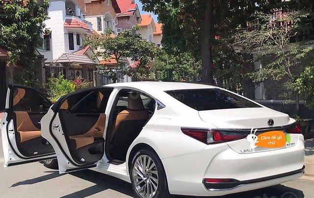 Cần bán gấp Lexus ES 250 sản xuất năm 2018, màu trắng, nhập khẩu còn mới3