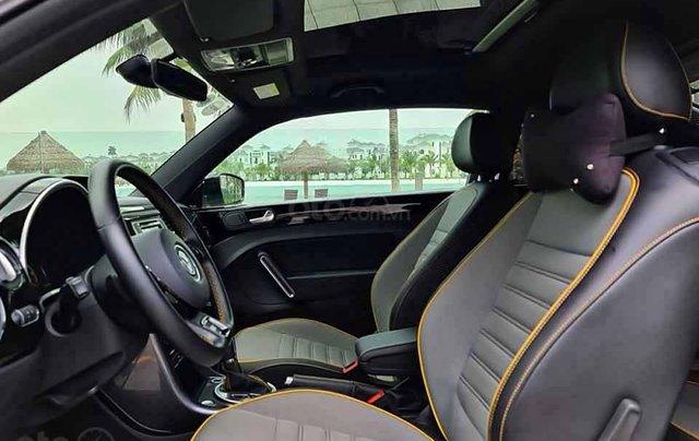 Cần bán xe Volkswagen Beetle Dune 2.0 đời 2018, màu trắng, nhập khẩu nguyên chiếc1