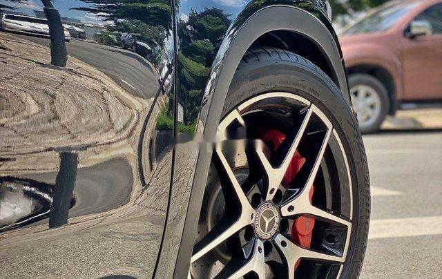 Bán xe Mercedes GLA 45AMG năm 2015, màu đen, nhập khẩu còn mới8