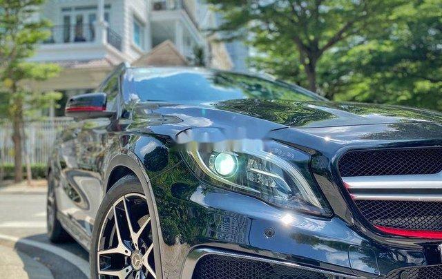 Bán xe Mercedes GLA 45AMG năm 2015, màu đen, nhập khẩu còn mới4