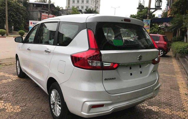 Suzuki Ertiga 2020 hỗ trợ trước bạ 50% tặng gói phụ kiện hấp dẫn, tặng bảo hiểm vật chất. Gọi ngay, giá tốt nhất Sài Gòn3