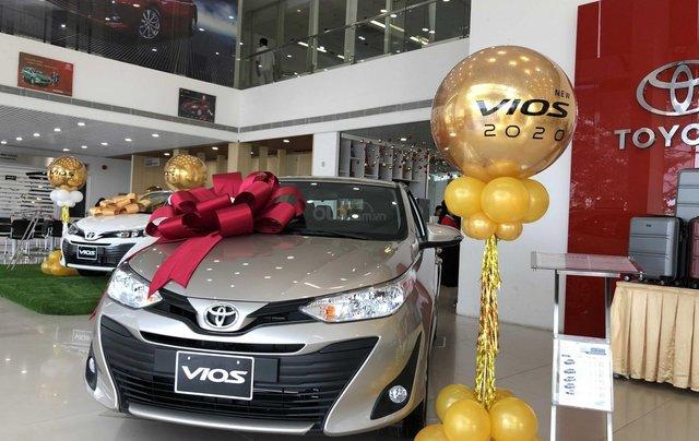 Toyota Vios số sàn 2020 giá tốt giao ngay3