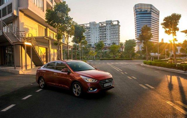 Bán xe Hyundai Accent 2020 giá rẻ trả trước từ 135 triệu có xe ngay - Tặng kèm phụ kiện chính hãng1