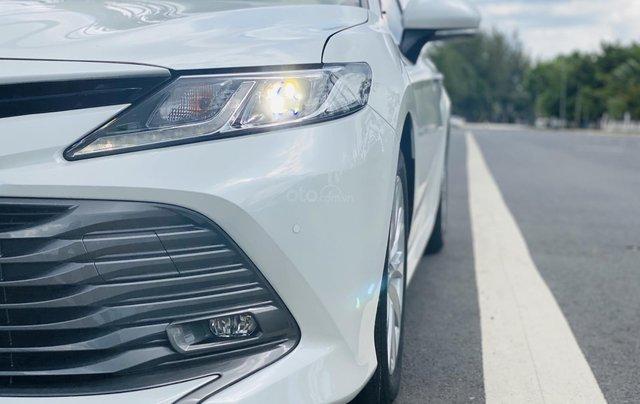 Xe cũ Toyota Camry 2.0E 2019, xe công ty xuất hóa đơn 100%, xe như mới, tiết kiệm hơn 100tr2