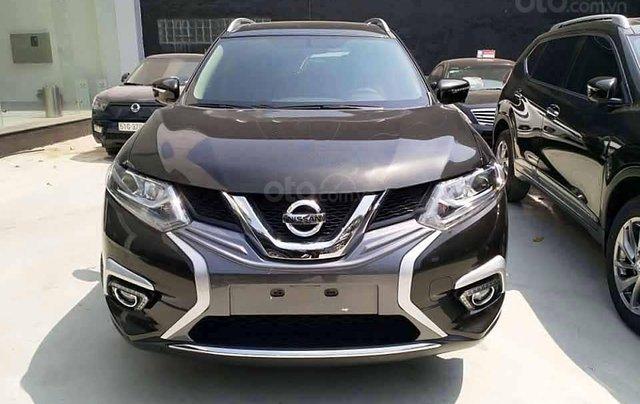 Bán Nissan X trail 2.5 SV Luxury sản xuất 2020, màu nâu2