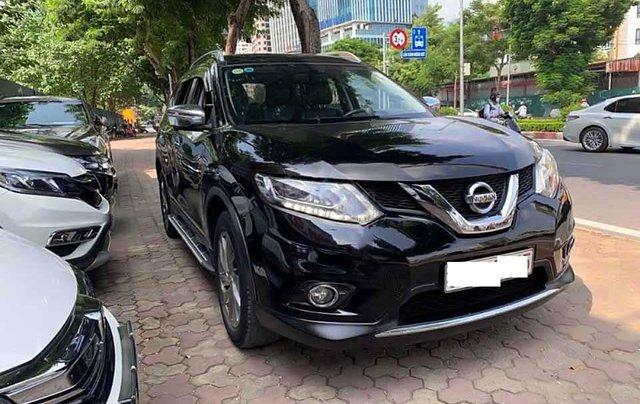 Cần bán Nissan X trail 2.5 SV 4WD đời 2016, màu đen0