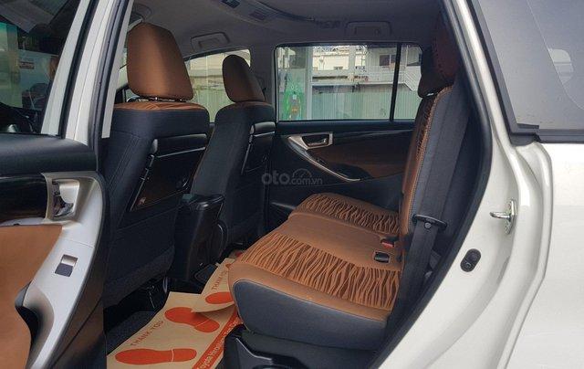 Cần thanh lý xe Toyota Innova 2.0G 6AT, màu trắng xe công ty XHĐ đủ đi 52.000km - xe chính hãng giá tốt6