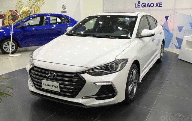 Hyundai Elantra 1.6 AT ưu đãi cực lớn + giảm ngay 50% thuế trước bạ + quà tặng hấp dẫn1