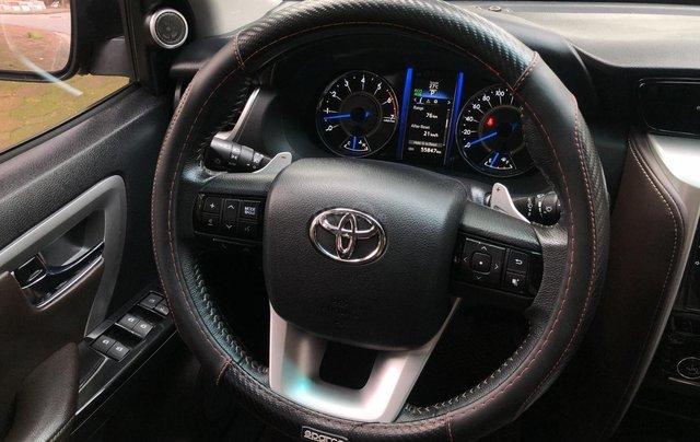 Gia Hưng Auto bán xe Toyota Fortuner 2.7V màu đen sản xuất 2017 bản 4x2 AT3