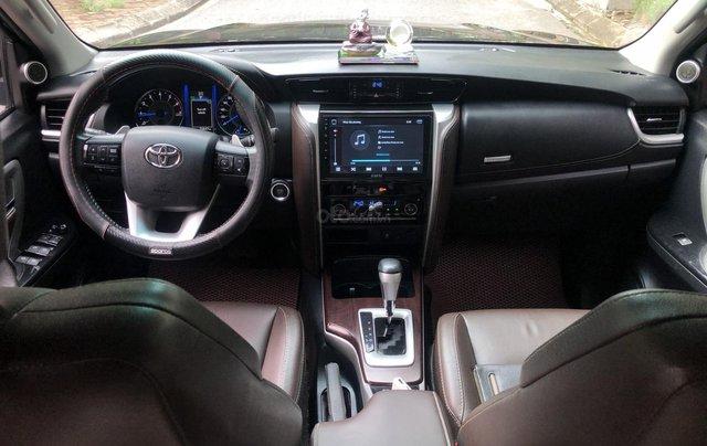 Gia Hưng Auto bán xe Toyota Fortuner 2.7V màu đen sản xuất 2017 bản 4x2 AT7