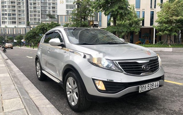 Cần bán xe Kia Sportage sản xuất 2011, nhập khẩu, chính chủ0