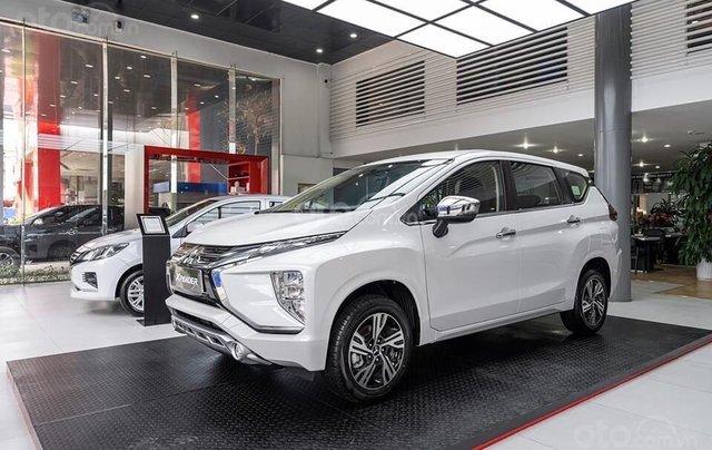 Mitsubishi Xpander 2020 giảm ngay 42tr tiền mặt + tặng BH thân vỏ 1 năm cùng nhiều khuyến mãi phụ kiên0
