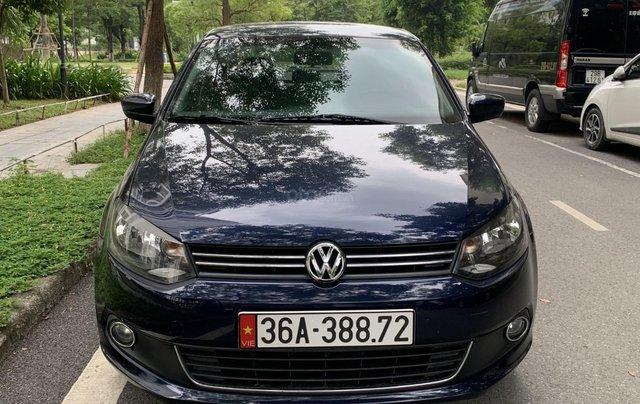 Polo sản xuất 2015 đăng ký 2017 sedan1