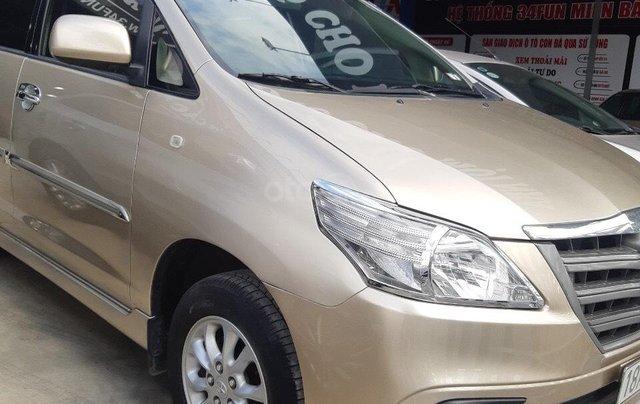 Bán xe Toyota Innova đời 2014 giá tiểu học, xe đẹp nguyên chiếc0