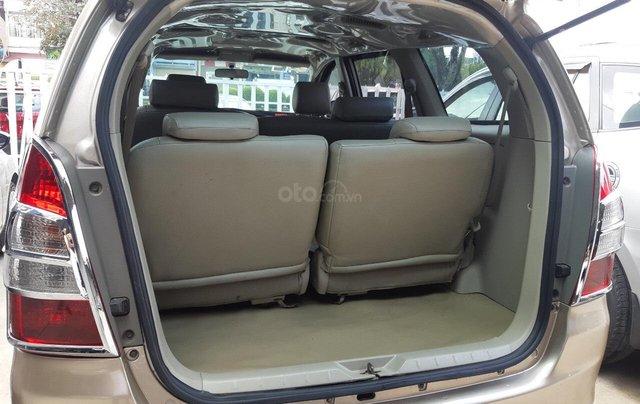 Bán xe Toyota Innova đời 2014 giá tiểu học, xe đẹp nguyên chiếc1
