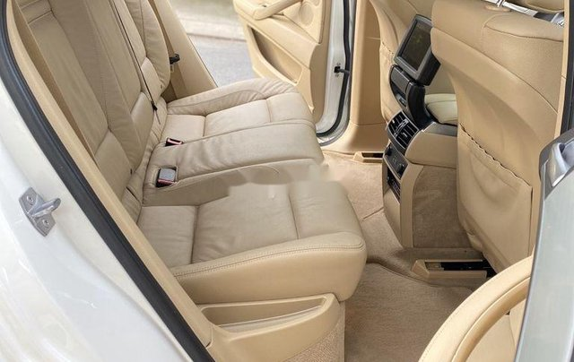 Bán gấp BMW X6 sản xuất năm 2013, nhập khẩu nguyên chiếc9