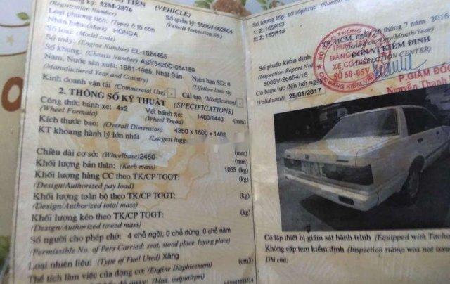 Bán Honda Accord sản xuất 1985, màu trắng, nhập khẩu, 10tr1
