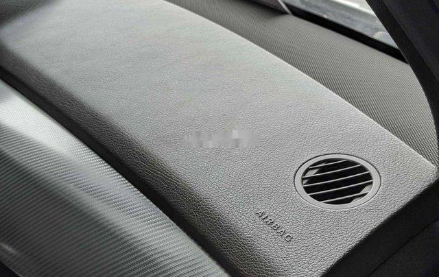 Bán xe Mercedes sản xuất năm 2014, màu trắng, máy dầu3