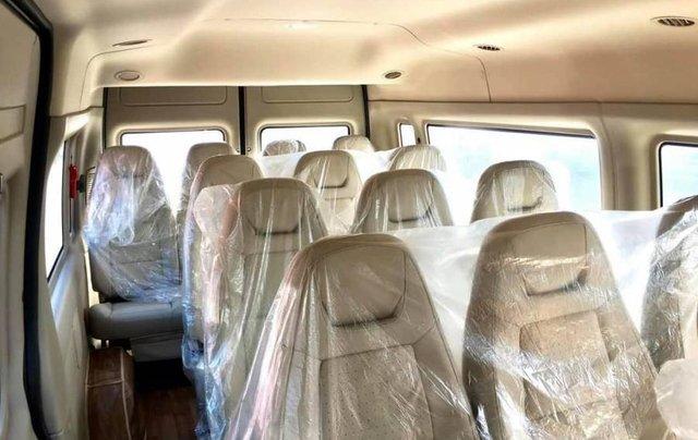 Bán xe Ford Transit SVP đời 2020, màu trắng12