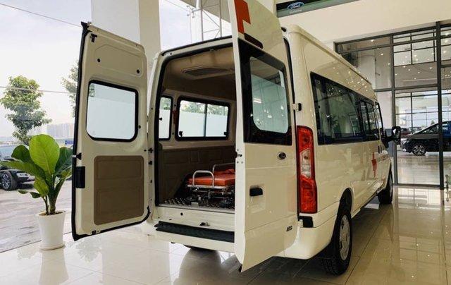 Bán xe Ford Transit SVP đời 2020, màu trắng2