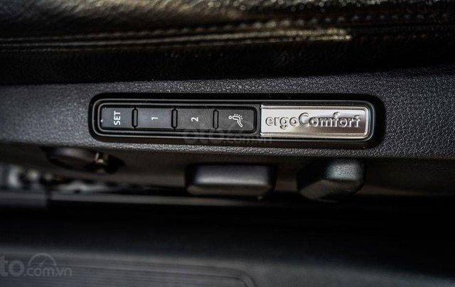 Volkswagen Passat - khuyến mãi tiền mặt lên đến hơn 170 triệu đồng, nhiều quà tặng hấp dẫn, ưu đãi lớn nhất năm5