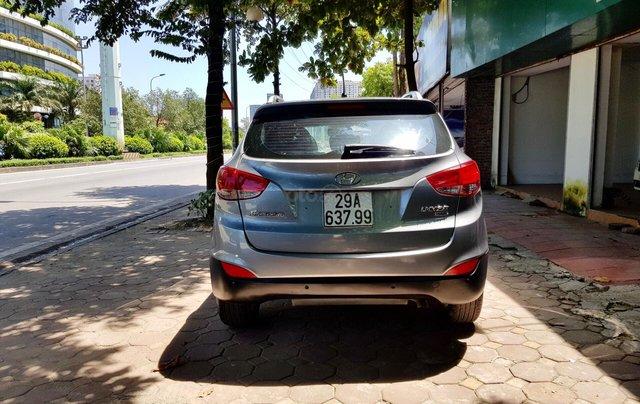 Cần bán xe Hyundai Tucson sản xuất 2010, máy dầu bản full2