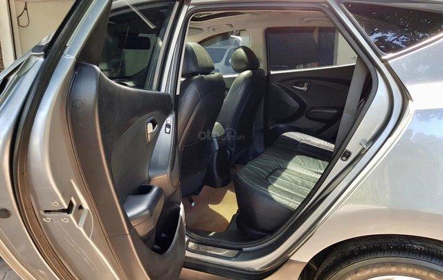 Cần bán xe Hyundai Tucson sản xuất 2010, máy dầu bản full5