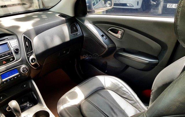 Cần bán xe Hyundai Tucson sản xuất 2010, máy dầu bản full7