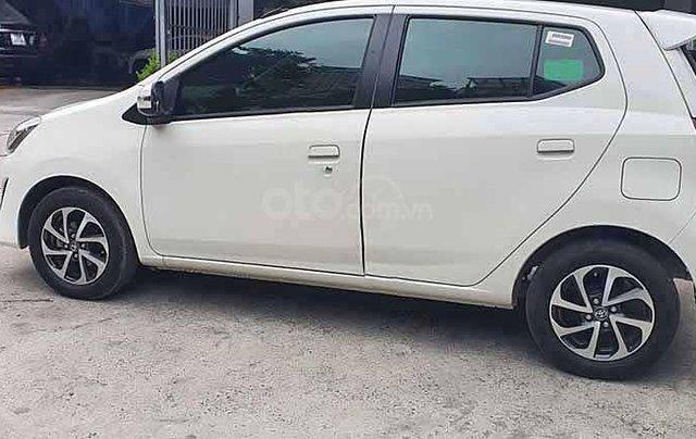 Cần bán lại xe Toyota Wigo G AT sản xuất 2019, màu trắng, xe nhập  3