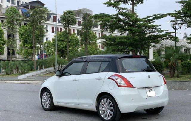 Bán ô tô Suzuki Swift màu trắng4