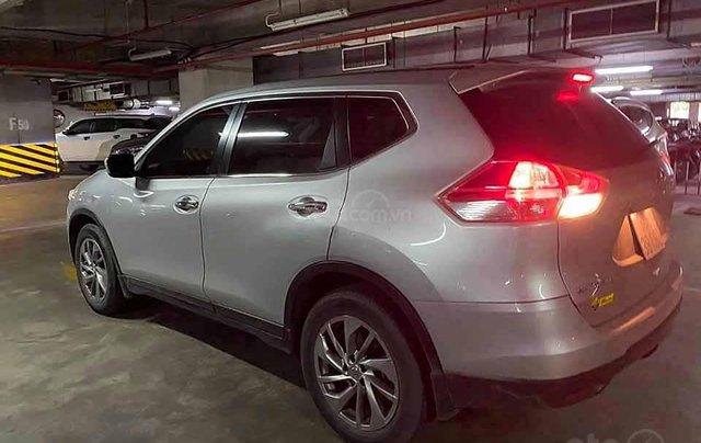Cần bán Nissan X trail 2.0SL Panorama 2016, màu xám còn mới 1
