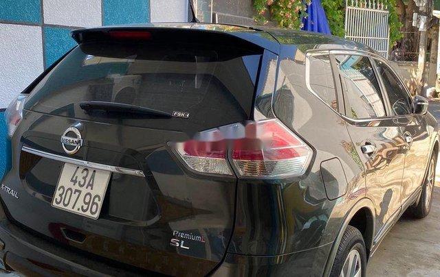 Cần bán lại xe Nissan X trail năm sản xuất 2017, màu đen, nhập khẩu nguyên chiếc0