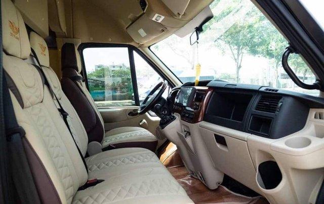 Bán xe Ford Transit SVP đời 2020, màu trắng9