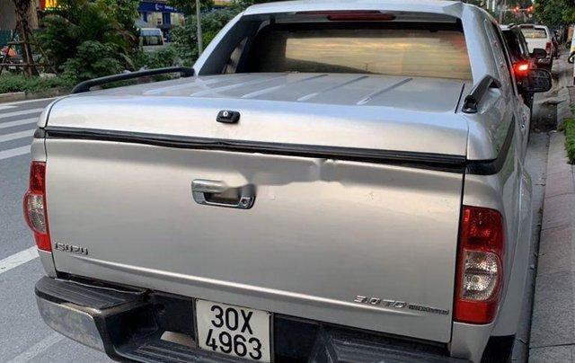 Bán Isuzu Dmax sản xuất 2010, màu bạc, nhập khẩu, số sàn1